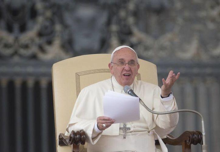 El Papa Francisco durante su audiencia general del miércoles 29 de octubre de 2014, en la Plaza de San Pedro. (Foto: Archivo/AP)