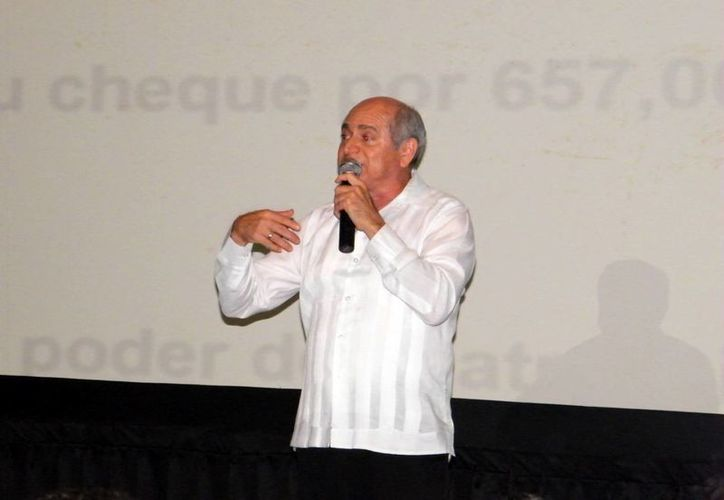 """El conferencista Luis Gómez N., durante su tema """"Más allá de los límites"""". (Milenio Novedades)"""