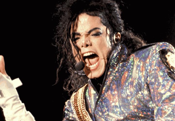 Fans han salido a defender al ídolo pop, mientras que otras personas lo han seguido acusando. (Internet)