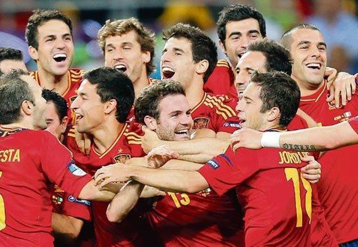 España, actual bicampeón de Europa y del Mundo, se mantiene firme en primer lugar en la clasificación de la FIFA. (Agencias)