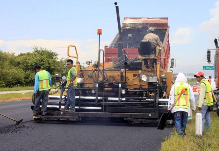 Las obras de mantenimiento permitirán reducir al máximo el número de accidentes y los tiempos de recorrido. (Harold Alcocer/SIPSE)