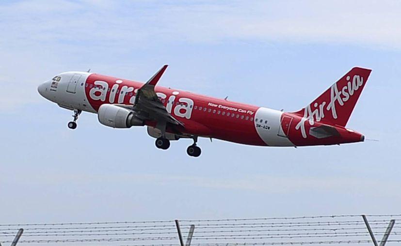 La desaparición del vuelo de AirAsia es el tercer incidente aéreo de gran magnitud ocurrido en el año 2014. (AP)