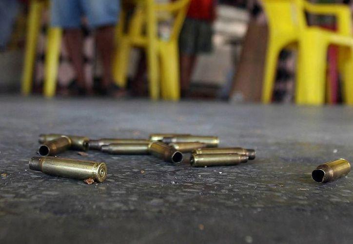 Se desconoce si entre los lesionados están personas que se encontraban en el restaurante al momento del enfrentamiento. La imagen cumple funciones estrictamente referenciales. (Archivo/EFE)