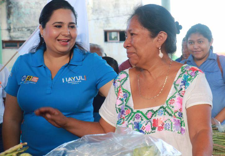 La candidata recalca que se debe empezar por reconocer la deuda y exclusión con los grupos indígenas.