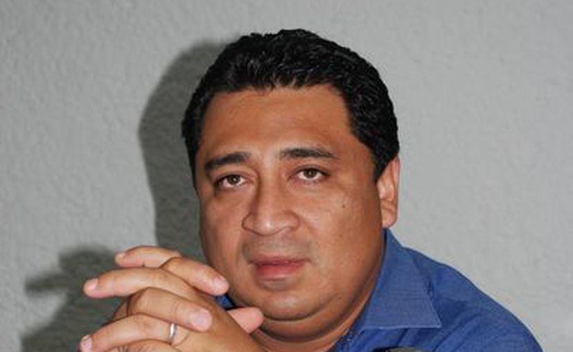 El líder estatal del PAN, Eduardo Martínez Arcila, dijo que las plurinominales están en análisis. (Tomás Álvarez/SIPSE)