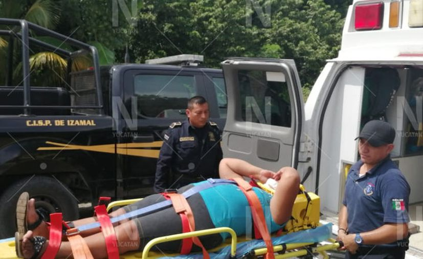 La mujer fue trasladada al IMSS de Motul. (Novedades Yucatán)
