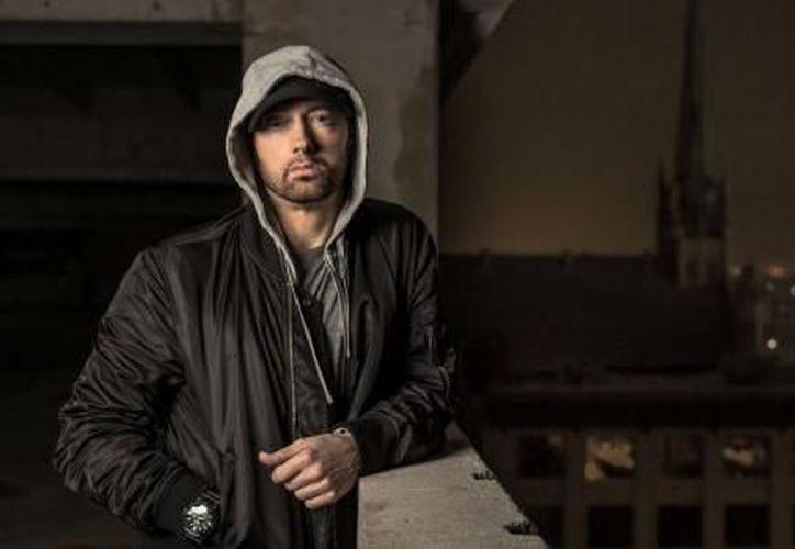 """En el video, filmado en Detroit, Michigan, Eminem llama a Trump """"un kamikaze que probablemente provocará un holocausto nuclear"""" en referencia a sus conflictos con el líder de Corea del Norte. (El Financiero)"""