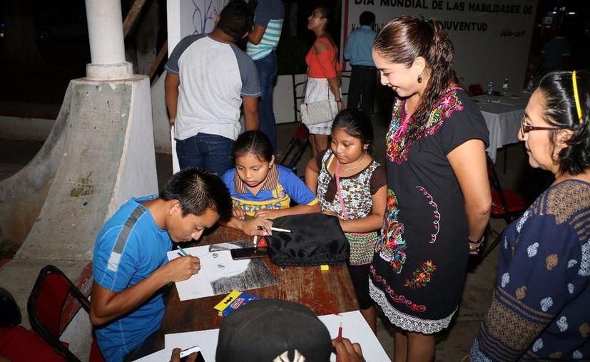 El área de deportes del DIF convocó a los jóvenes para participar en el evento. (Gloria Poot/SIPSE)