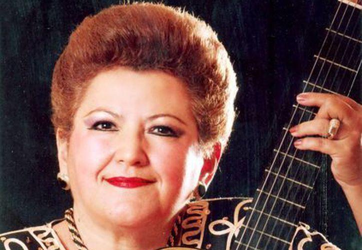 """La cantante Maru Boeta festeja aniversario con un concierto en el auditorio """"Silvio Zavala Vallado"""" del Olimpo,. (Milenio Novedades)"""