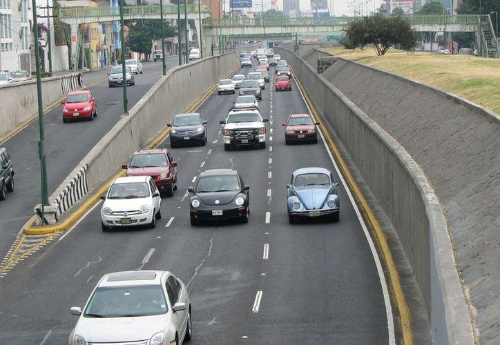 Todos los vehículos podrán circular sin restricción alguna en la zona metropolitana y en el Estado de México. (Archivo/Notimex)