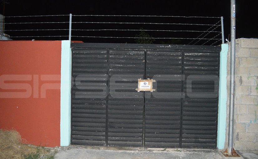 Los menores eran llevados a este predio con la excusa de cumplir 'castigos' por errores en su equipo de futbol. (Carlos Navarrete/SIPSE)