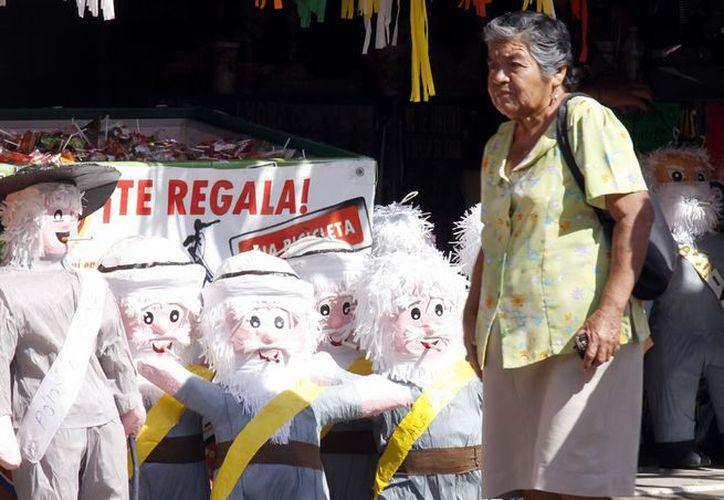 """La tradicional quema del """"Viejo"""" es una práctica donde se deben extremar precauciones, advierte Procivy. (SIPSE)"""