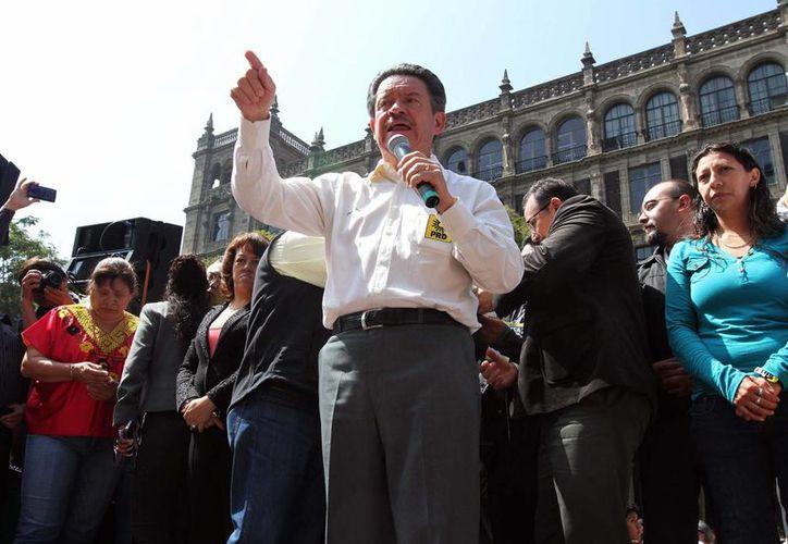 Carlos Navarrete descartó que el PRD esté paralizado, como señaló el líder moral del partido, Cuauhtémoc Cárdenas. (Archivo/Notimex)