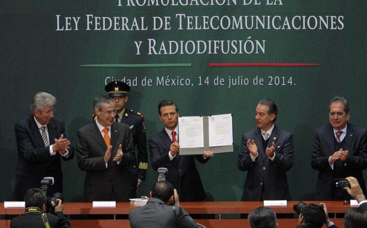 El presidente Enrique Peña Nieto sostuvo que tanto la calidad como la velocidad de internet habrán de mejorar en beneficio de todos los usuarios de México. (Notimex)