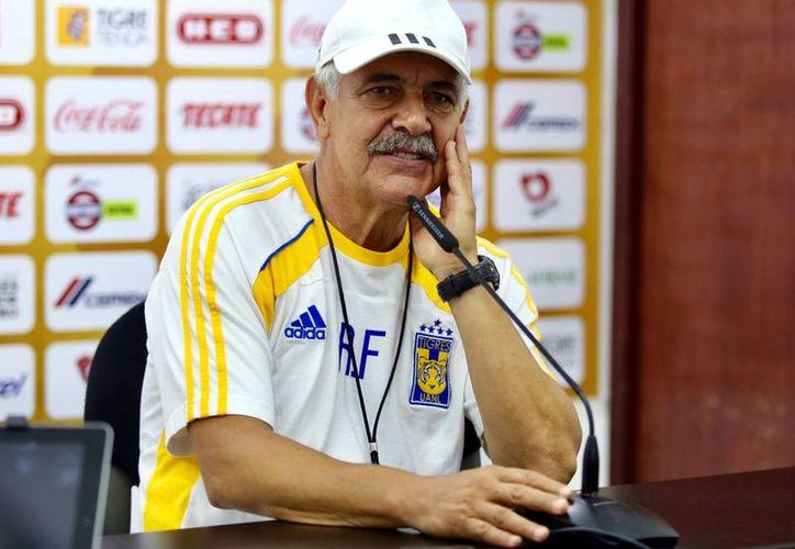 Ricardo Ferreti está más interesado en cumplir su contrato con Tigres. (Internet)