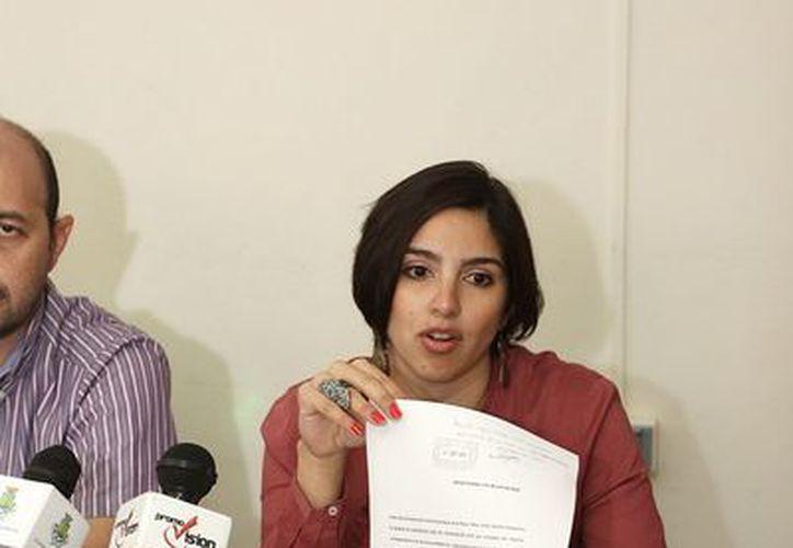 Lissette Mimenza Herrera destacó que gracias a la FGE ya no pagarán el dinero que Fátima Borges asegura que se le debe, al corroborar que es su firma. (SIPSE)