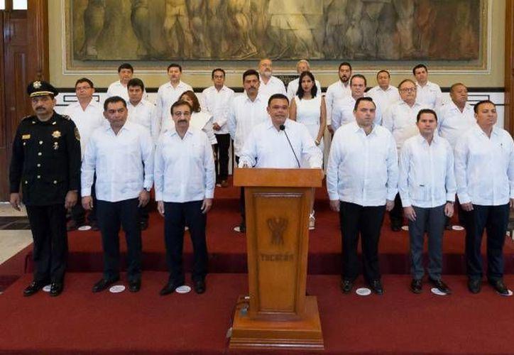 El gobernador de Yucatán, Rolando Zapata, rendirá su Tercer Informe este domingo en el Centro de Convenciones Yucatán Siglo XXI.  (SIPSE)