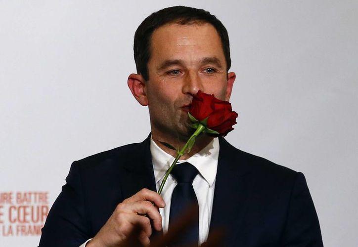 Benoit Hamon competirá con Francois Fillon y Marine Le Pen por la presidencia de Francia. (AP/Francois Mori)