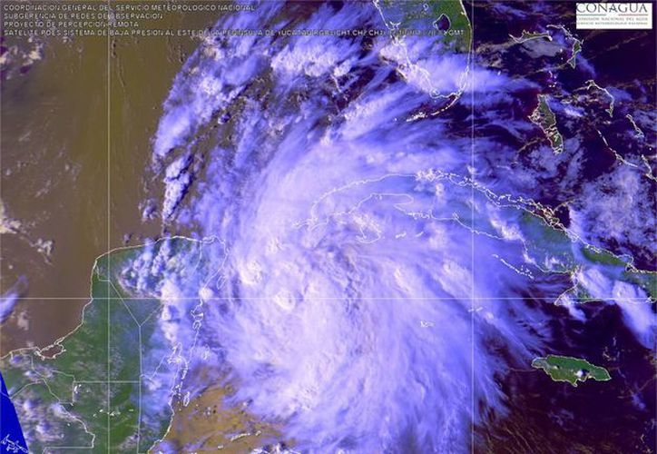 El sistema mantiene una probabilidad del 70 por ciento de convertirse en un sistema tropical. (Conagua)