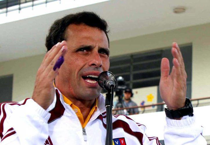 """""""Yo no pacto ni con la mentira ni con la corrupción..."""", expresó Capriles, en alusión a una declaración de Maduro. (Notimex)."""