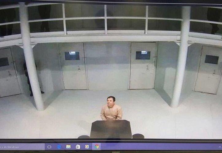 Joaquín Guzmán Loera se encuentra recluido en su celda, ubicada en el ala de máxima seguridad del Cefereso 9. (twitter.com/osoriochong)