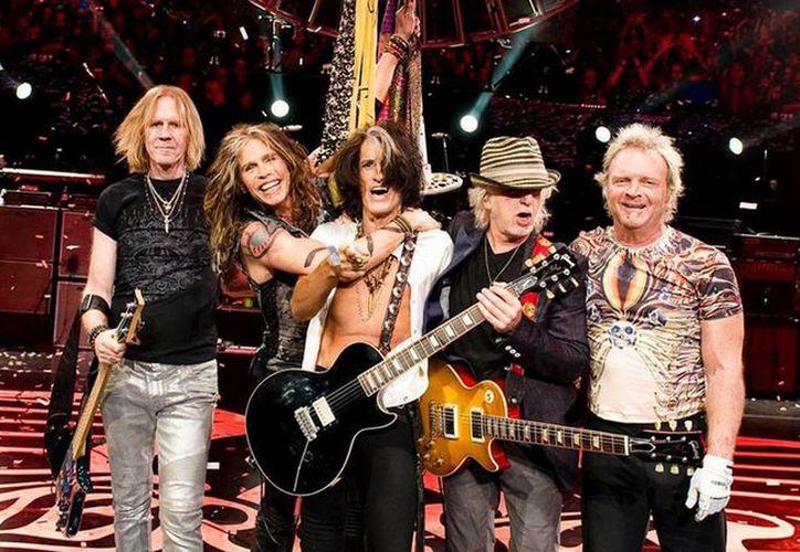 Más de 40 años después, buscadores de tesoros encontraron una camioneta usada por la banda Aerosmith en sus inicios. (Foto: OnRadio)