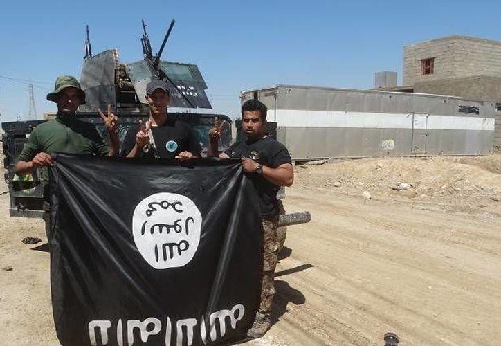 El Estado Islámico sobrevive cobrando impuestos a los habitantes de su territorio. (Archivo/Reuters)