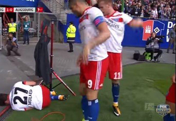 """El director deportivo Jens Todt dijo que """"el diagnóstico es un golpe durísimo''. (Youtube)"""