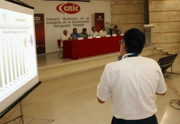 La CMIC se reunió ayer con el sector energético para detallar proyectos. (Christian Ayala/SIPSE)