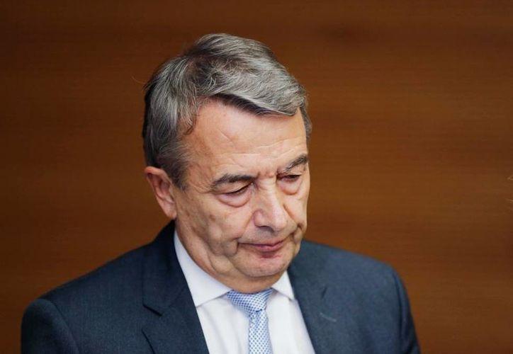 FIFA inhabilitó a consejero Wolfgang Niersbach (foto) por irregularidades en Mundial Alemania 2006. (Archivo/AP)