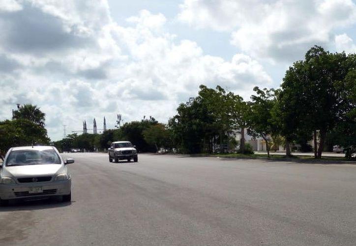 Las calles del Fracc. Las Américas tienen un ancho considerable. (Foto: Milenio Novedades)