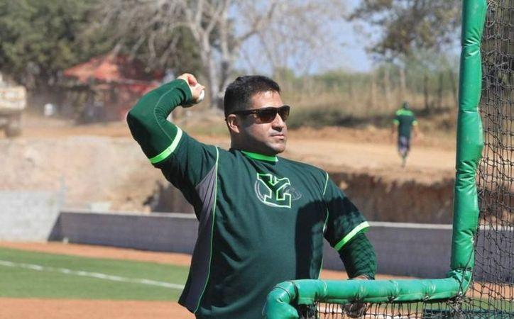 El mánager de Leones de Yucatán, Willie Romero, fue despedido del equipo, por un incidente con un aficionado. (Archivo/SIPSE)