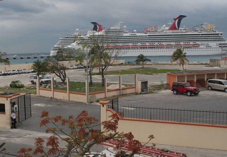 Terminal de cruceros SSA México busca ampliar infraestructura comercial. (Julián Miranda/SIPSE)