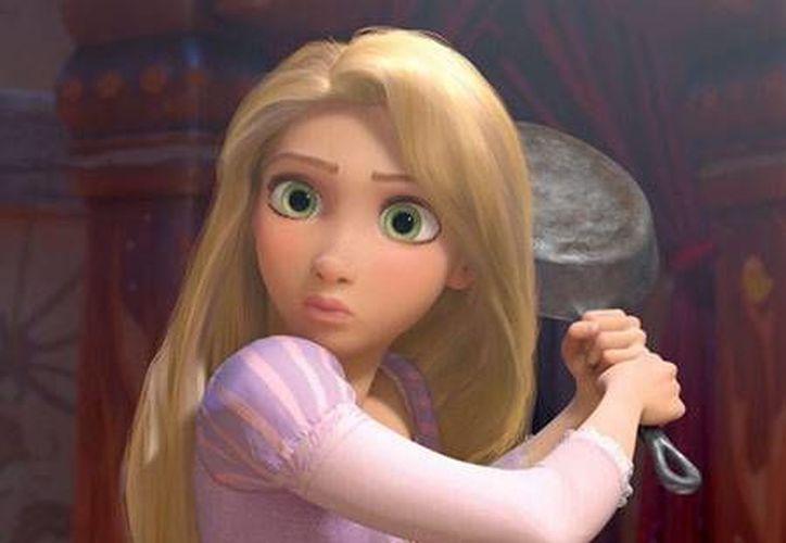 A través de las redes sociales, la empresa Disney dio a conocer el primer adelanto de la nueva película de la princesa Rapunzel.(Disney)