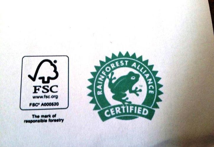 Este es el sello verde que ostentarán los productos generados con madera del ejido Caobas. (Edgardo Rodríguez/SIPSE)