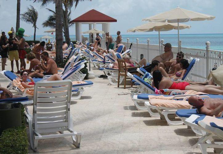 Se siguen registrando quejas los turistas que visitan este destino. (Archivo/SIPSE)