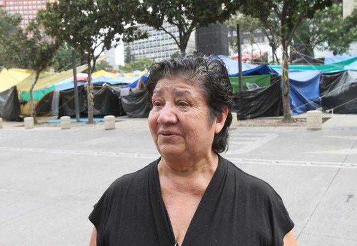 A Irene Manríquez no le pagaban desde hacía dos meses, pero al menos no había perdido su trabajo...hasta hoy. (Milenio)