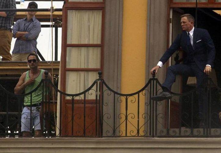 Daniel Craig durante una escena de Spectre, que fue filmada en parte en México y que cuenta con un trabajo de musicalización de un mexicano. (cnnmexico.com)