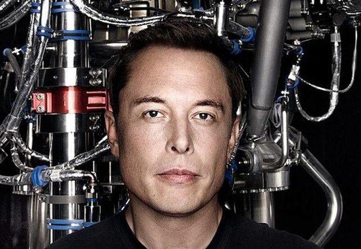 Elon Musk afirma que la única vía para asegurar la supervivencia de la especie humana es crear una civilización en Marte. (SolidSmack)