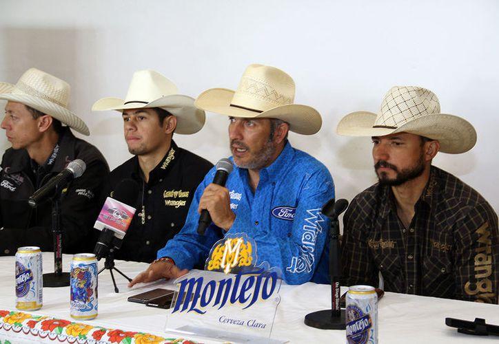Jinetes de Brasil, Guatemala y México estarán este sábado en el rodeo más importante de Latinoamérica, que tendrá lugar en el Centro de Espectáculos Montejo de la Feria Yucatán.