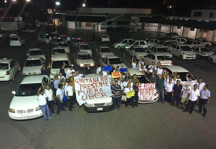 Se espera que taxistas de 27 estados asistan a la protesta nacional. (Redacción/ SIPSE)