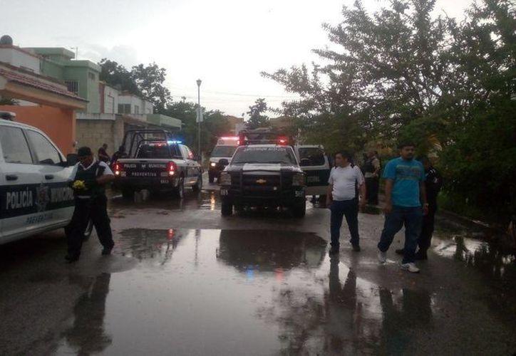La policía logró detener a tres personas. (Redacción/SIPSE)