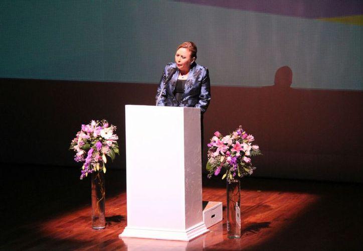 Claudia Elena Torres Gómez, durante su primer informe. (Daniel Pacheco/SIPSE)