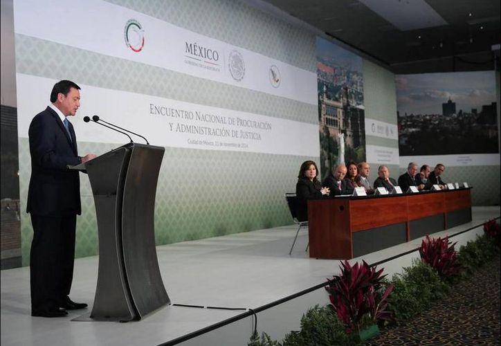 El secretario de Gobernación, Miguel Ángel Osorio Chong, participó en el Encuentro Nacional de Procuración y Administración de Justicia. (twitter.com/osoriochong)