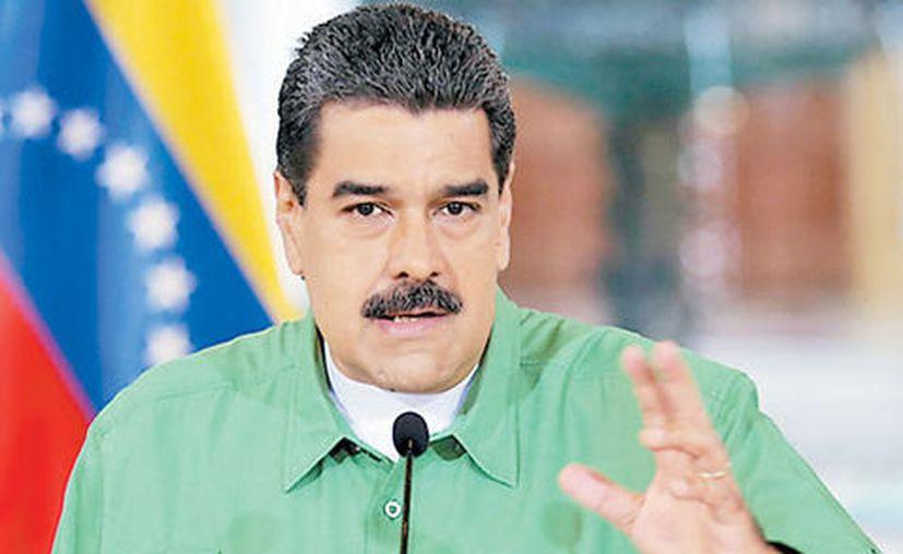 Maduro dijo sentir vergüenza por el comportamiento de Peña Nieto ante las amenazas del presidente de Estados Unidos. (Milenio)