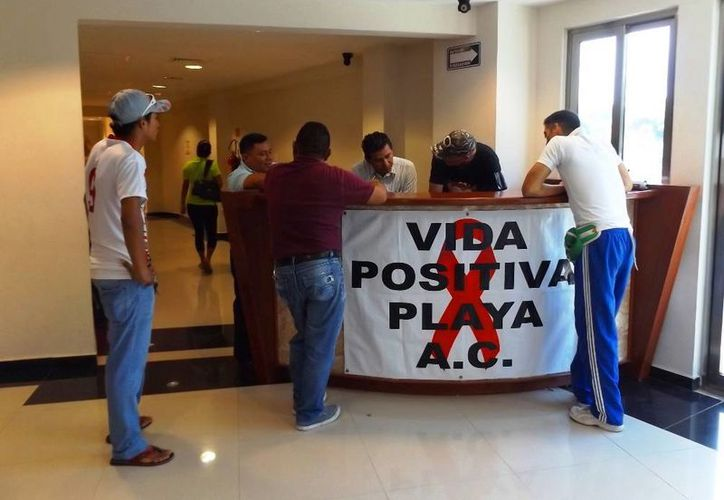 Las pruebas de VIH son con el fin de que las personas sean tratadas a tiempo y no llegar al estado de Sida. (Daniel Pacheco/SIPSE)