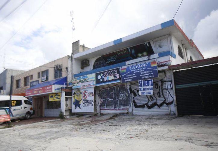 Se ha notado el cierre de varias empresas en Cancún. (Israel Leal/SIPSE)
