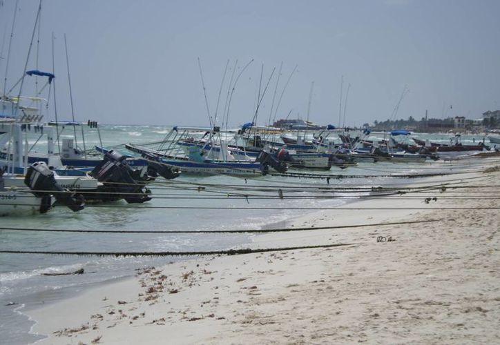 Desde el miércoles se ordenó el anclaje de las embarcaciones.  (Adrián Monroy/SIPSE)