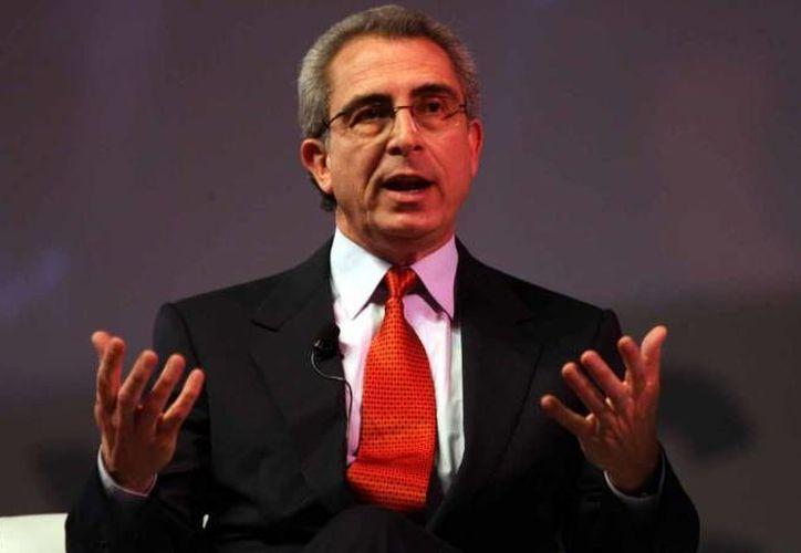 Ernesto Zedillo (foto) se encuentra entre los elegidos por el Príncipe Alí Al Hussein para formar parte de la FIFA.(Notimex)