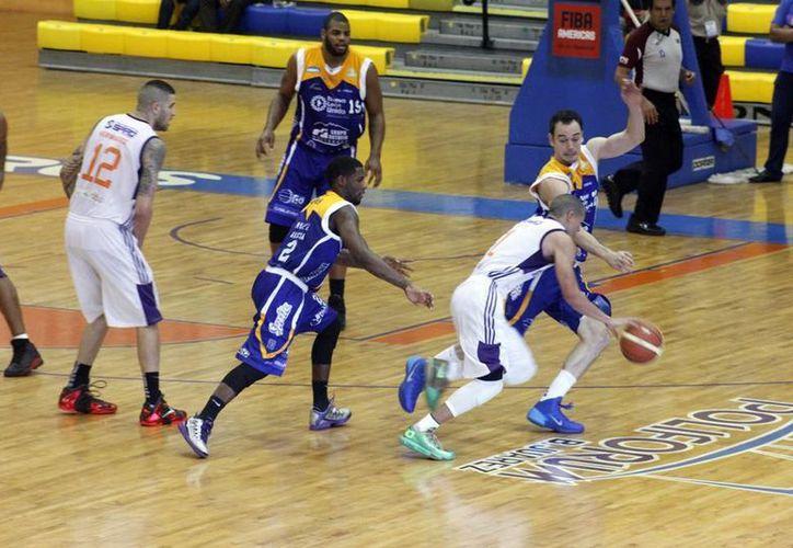 Los Bombarderos del Caribe sostendrán esta noche el primero de sus últimos cuatro juegos en casa en la Liga Nacional de Baloncesto Profesional (LNBP). (Redacción/SIPSE)